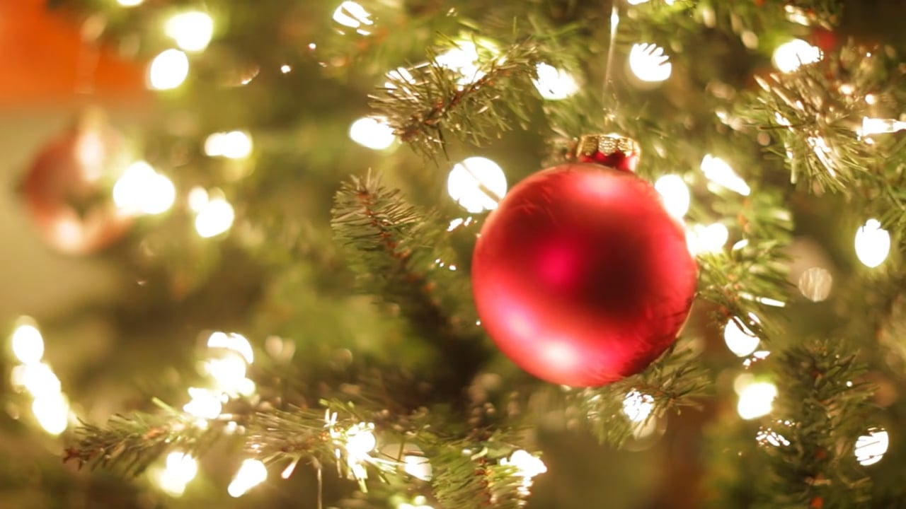 5 Tips on Making a Festive Holiday Video For Your Small Business | Social Media Today